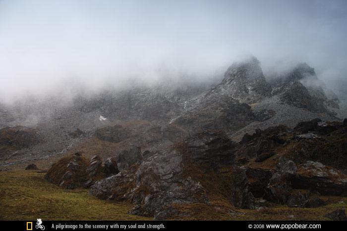 杂巴拉垭口群山