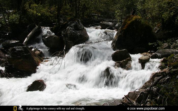 狂野的小溪